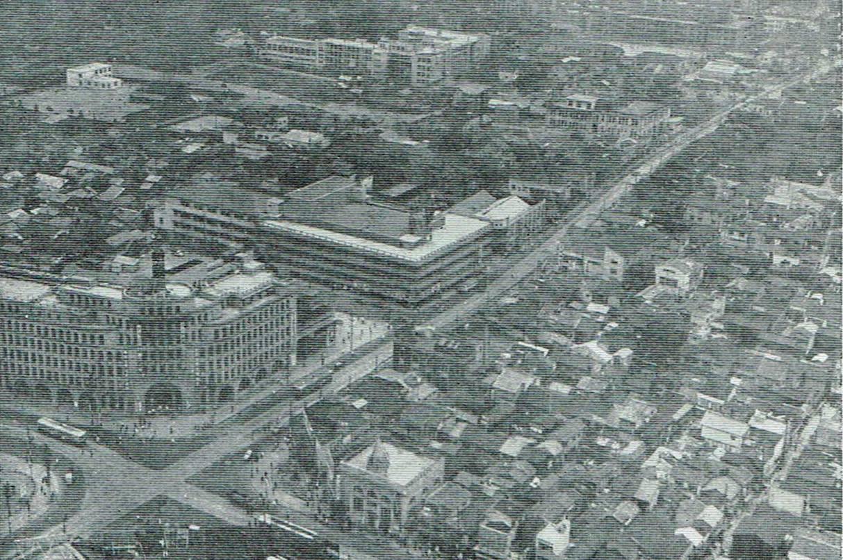 昭和30年代 上本町6丁目付近。